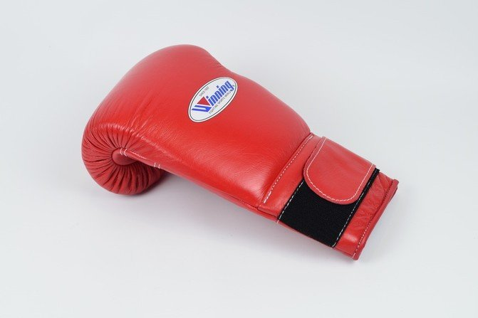 Winning MS Training Velcro Boxing Gloves Red 16oz   Fight Outlet