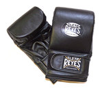 Cleto Reyes Leather Wrap Around Bag Gloves Black