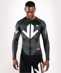 View the VENUM ARROW LOMA SIGNATURE COLLECTION LONG SLEEVE RASHGUARD - BLACK/WHITE online at Fight Outlet